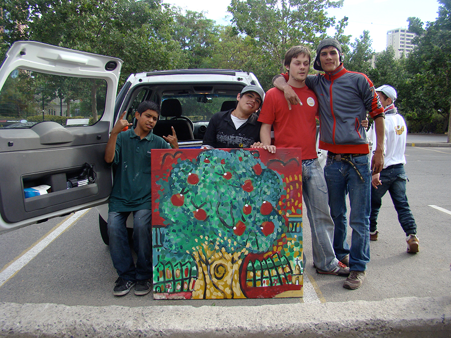 2009 CHILE NIÑOS DE RIO MAPOCHO ABRAZARTE